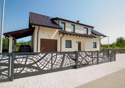 Brama-przesuwna-KISIELEWSKI-Steel-Design-ogrodzenie-frontowe.jpg